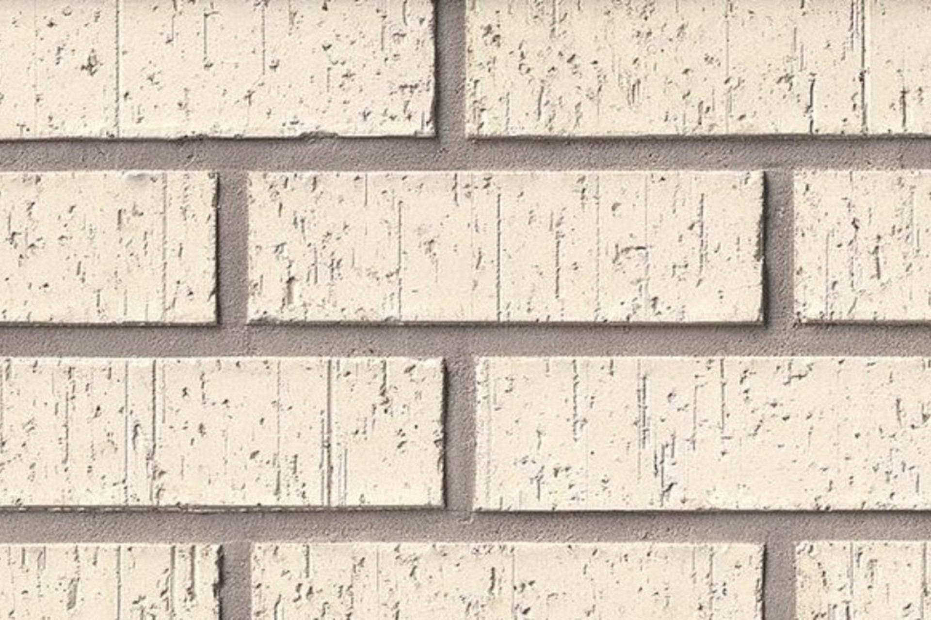 V100 Modular Brick